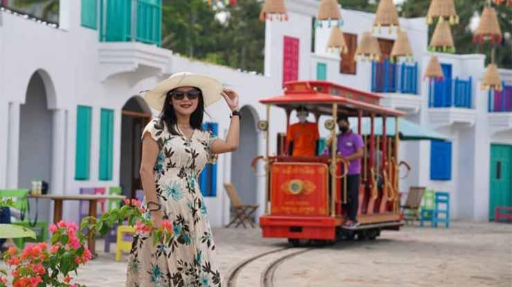 Exotic Village Dusun Semilir