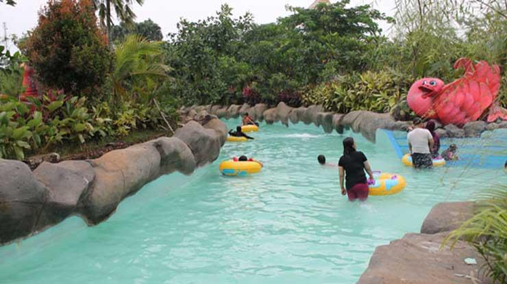 Lazy River Water Kingdom