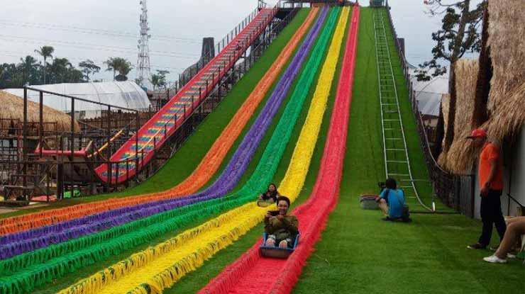 Play Park Dusun Semilir