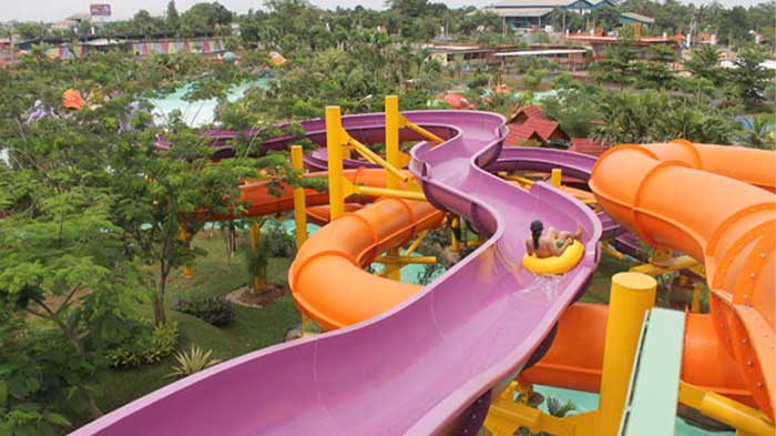 Raft Slide Water Kingdom