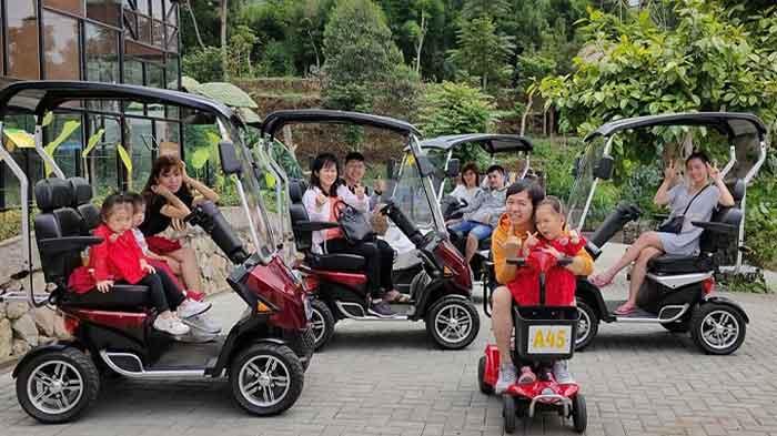 Scooter keling Lembang Park Zoo